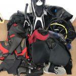 SCUBAPROのレギュレーター、BCジャケット、WorldDiveのドライスーツ、その他をお買取しました